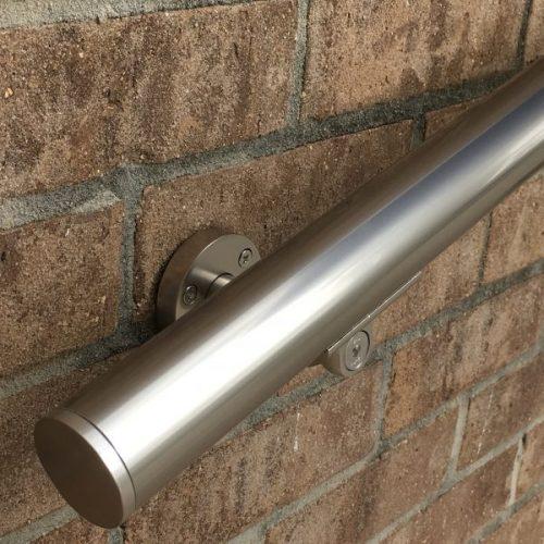 B52-1.6-diameter-handrail-aresscorp--